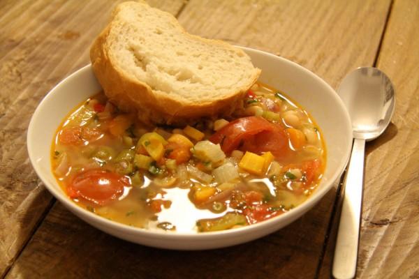 Bohnensuppe mit Chorizo